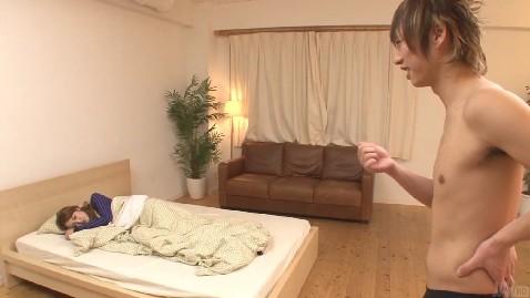 【无码】睡觉中拉起来猛肏,女的逼超嫩